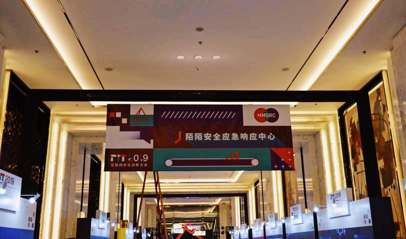 https://momo-mmsrc.oss-cn-hangzhou.aliyuncs.com/img-b957a262-5c97-3812-9f59-373601f27d94.jpeg